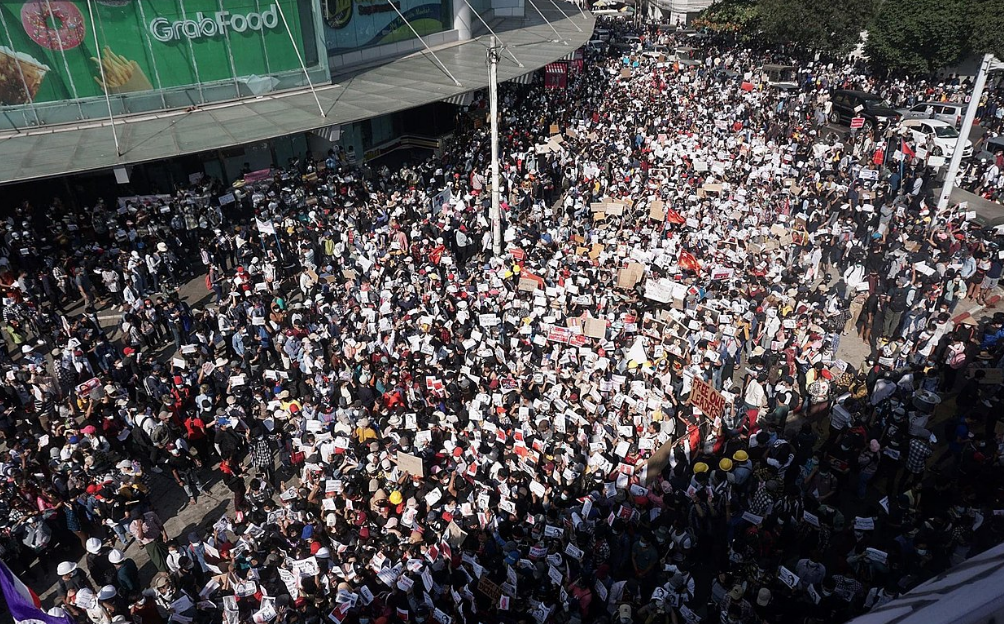 A Battle for Internet Freedom is Happening Now in Myanmar